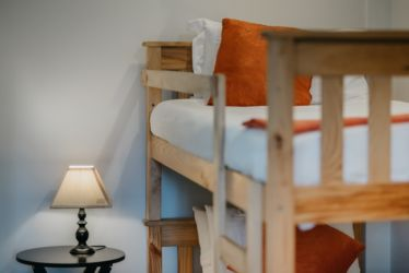 The Village Lodge Loerie Bunk bed