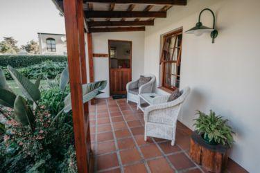 The Village Lodge Loerie Private patio