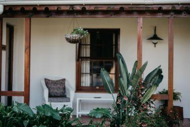 The Village Lodge Loerie patio