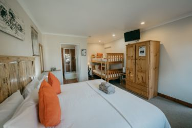 The Village Lodge Loerie room view