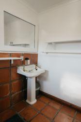 The Village Lodge Sunbird bathroom 2